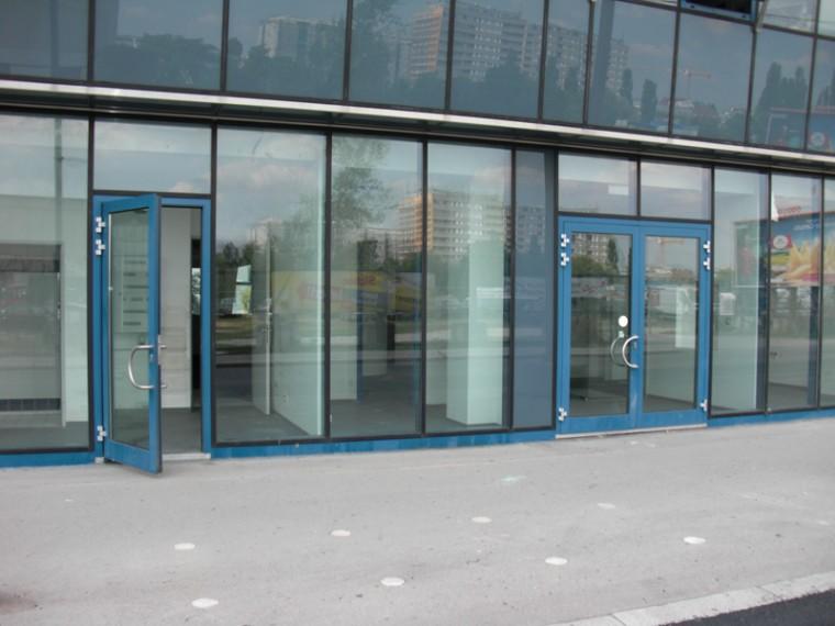Geschäftslokal - Austellungsflächen 600 m² in 1220 Wien, Miete (Objekt Nr. 050/00701)