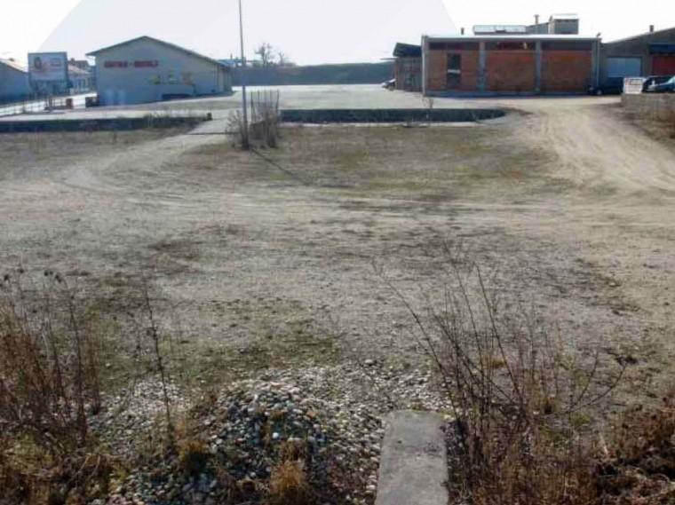 Miete, Freifläche ca. 4.000 m², Bereich Wolkersdorf - Autobahn-Nähe, ca. 40 min. zur Stadtgrenze (Objekt Nr. 050/01154)