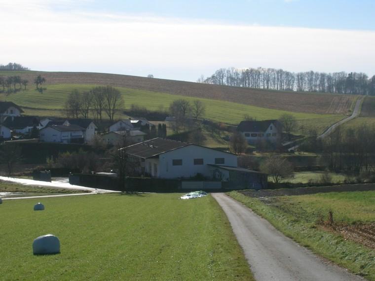 Kleinbauernhof - Bezirk Oberwart - Grenze Niederösterreich/Burgenland (Objekt Nr. 050/01780)
