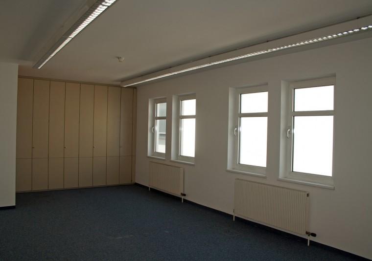 Miete - moderne klimatisierte Bürofläche mit ca. 240 m², 2355 Wiener Neudorf,  IZ-NÖ-SÜD (Objekt Nr. 050/01856)