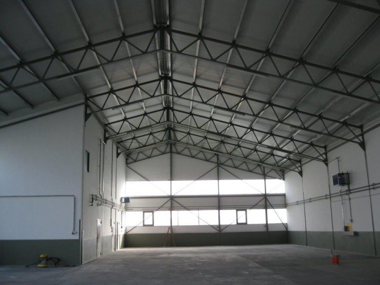 KAUF-GELEGENHEIT-Betriebsliegenschaft ca. 2000 m² verbaute Nutzfläche im Bereich Fischamend-Schwadorf (Objekt Nr. 050/01881)
