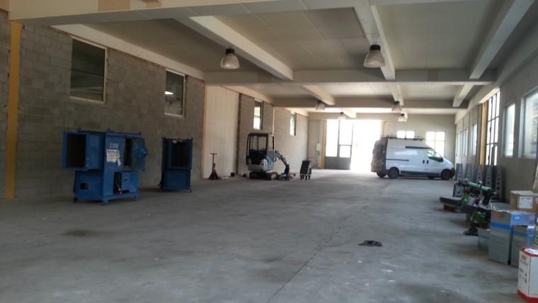 Miete, Ausstellungshalle/Produktionshalle/Lagerhalle 1.000 m² - Bereich Gänserndorf - DeutschWagram (Objekt Nr. 050/01890)