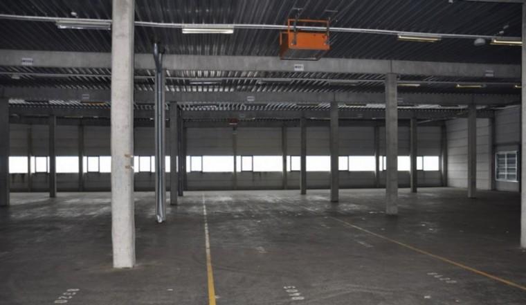 Mietobjekt, ca. 1.860 m² - gut belichtetes Lager - 1210 Wien, Industriegebiet Strebersdorf (Objekt Nr. 050/01899)